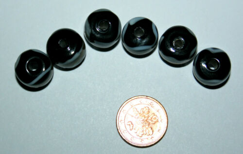 5 x Black Fancy rattelsnake Beads