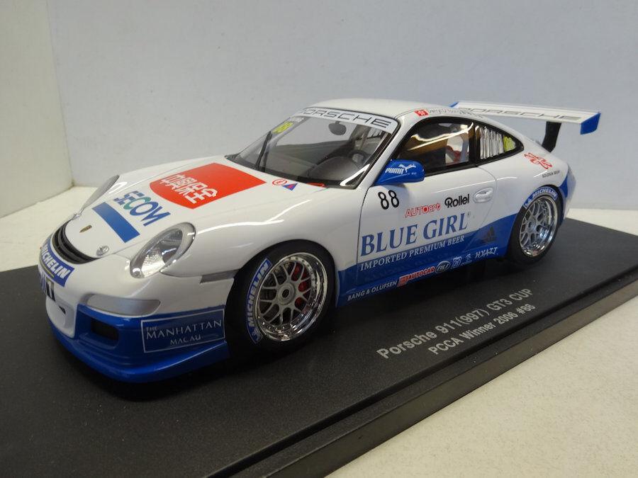 Autoart  porsche 911 gt3 cup (1997) und 2006 pcca gewinner   88 - 80684
