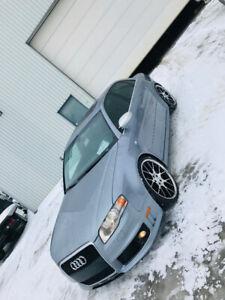 Audi rs4 moteur 4.2L manuel la seule au Québec sur internet !
