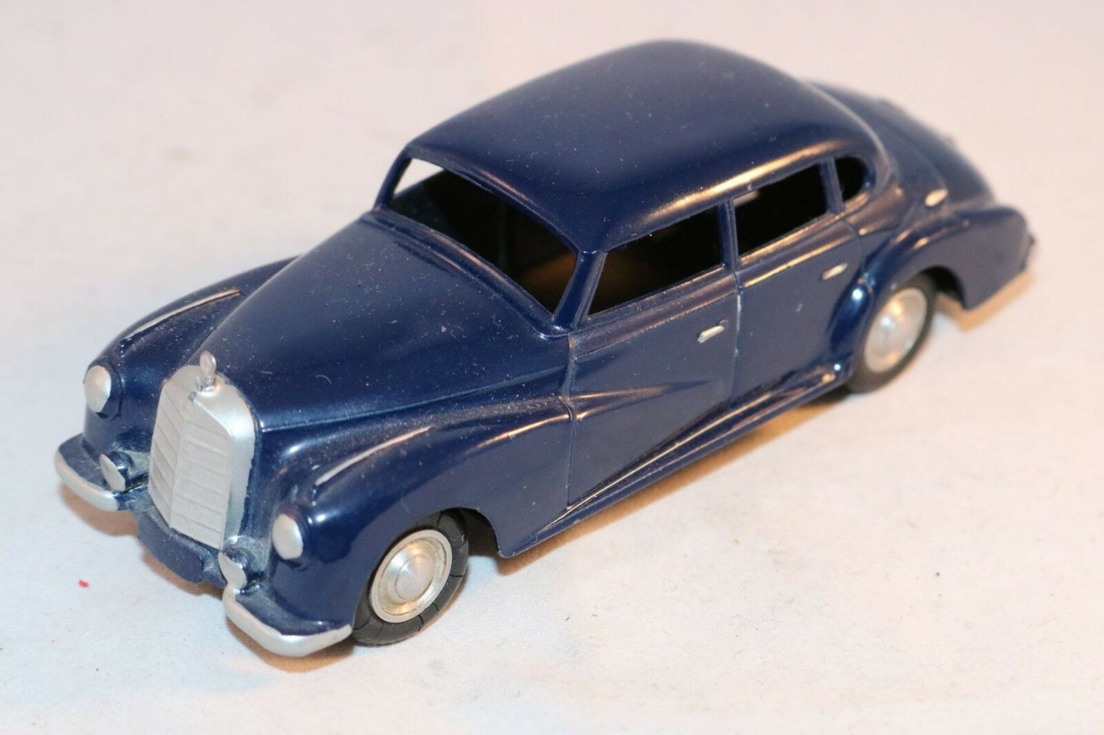 Marklin 8003 Mercedes 300 dark bluee scarce in in in near mint original condition cbf125