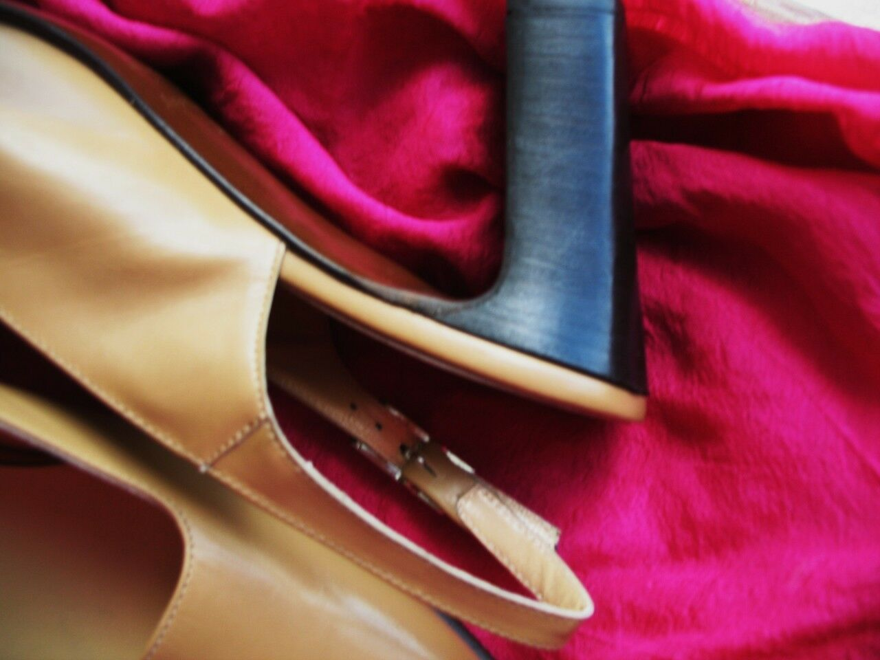 ANN TAYLOR schuhe TAN LEATHER SLINGBACKS W BUCKLES BUCKLES BUCKLES Größe 7M 37 MADE IN ITALY 2be934