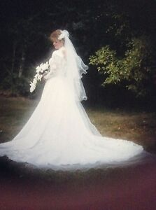 Wedding-dress-lace-and-beaded-long-train-white-size-10-long-sleeved