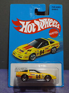 Hot-Wheels-80-039-s-CORVETTE-HW-RETRO-Series-Target-US-Exclusive-Long-Card
