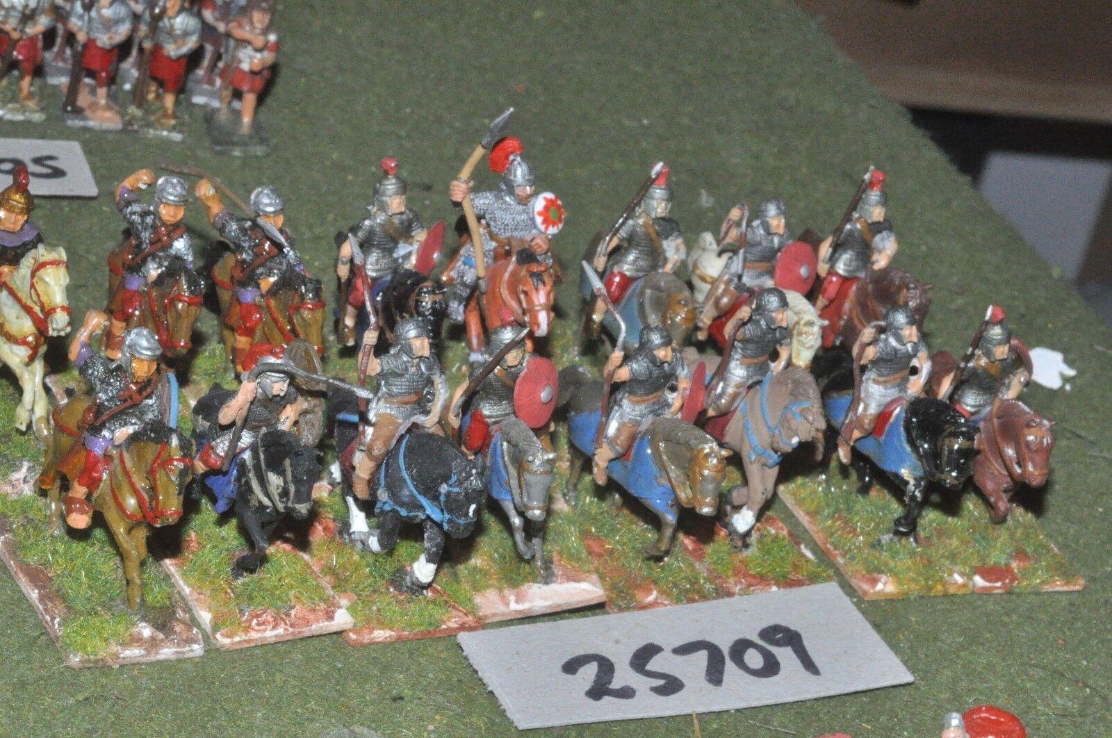 25mm roman era   roman - heavy 16 figures - cav (25709)