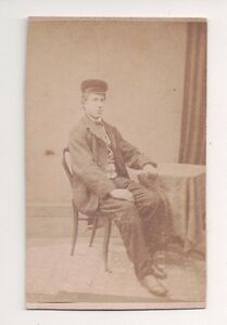 Vintage-CDV-Unknown-Young-Victorian-Man-Villiers-amp-Sons-Photo