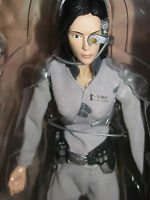 2001 Final Fantasy The Spirits Within Dr. Aki Ross 12 Action Figure