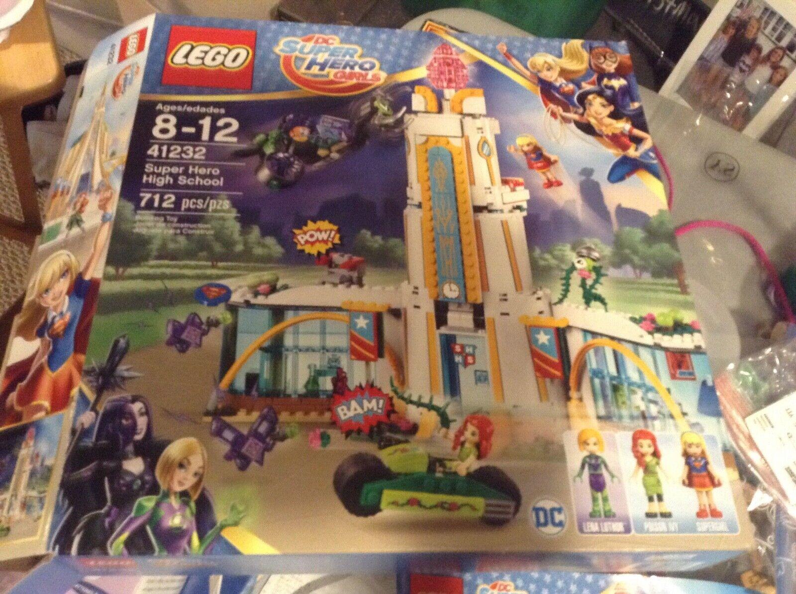 Lego DC súperhero Girls  the súper Hero High escuela kits 41.232