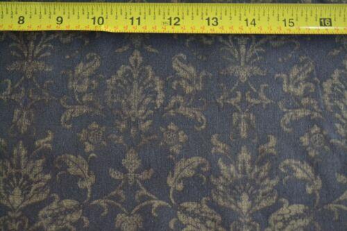 Olive on Brown Quilting Cotton By 1//2 Yd B996 P/&B//Abundance//00544-G