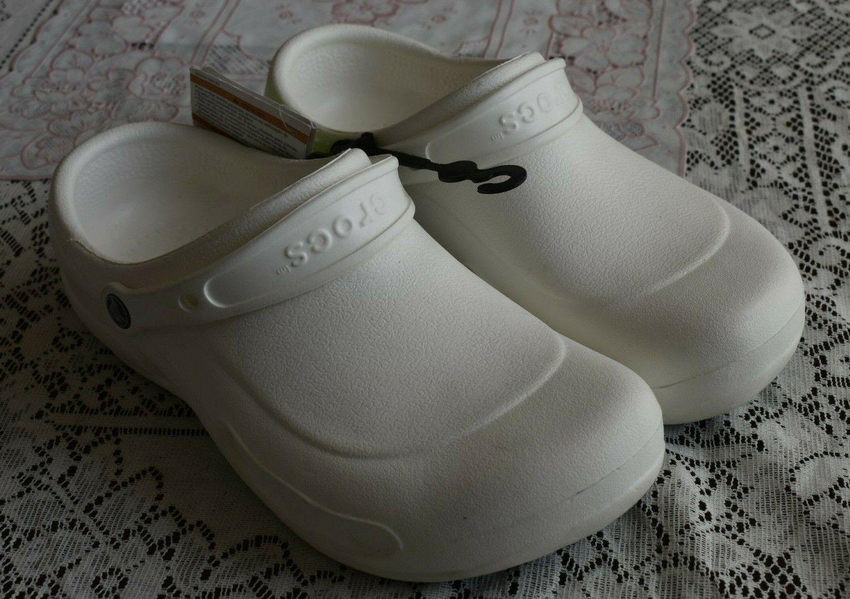 Unisex's Crocs Bistro WHITE Clog Slip Resistant Work Shoes - M9 - W11