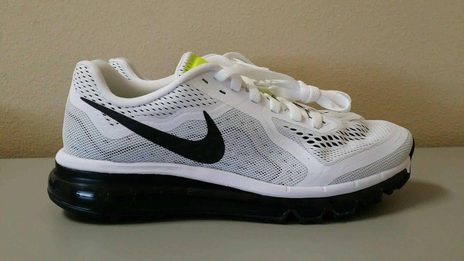 Nike Air Max 2018 Running Shoes White/Black/Volt Women Sz 10