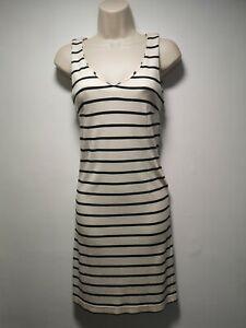 COLOR-SIETE-blanche-avec-rayures-noires-sans-manches-Robe-moulante-taille-S-026-g