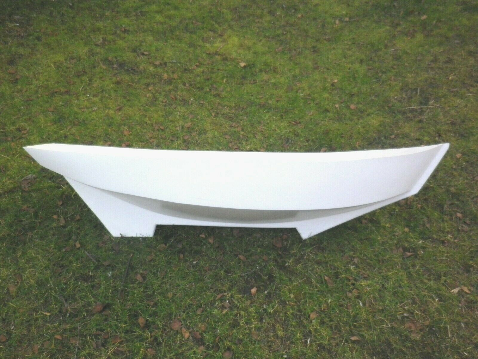 MODEL BOAT FIBRE GLASS HULL  GWEN M