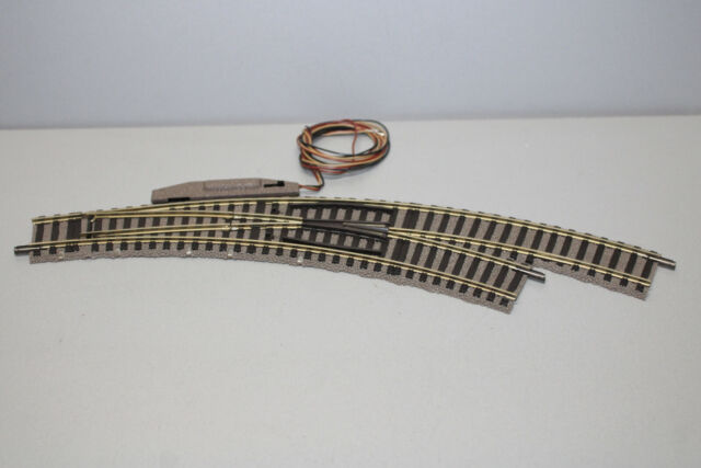 Fleischmann 6142 Switch Track Right Electric Professional Track Gauge H0
