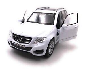 Mercedes-Benz-Modellino-con-Richiesta-Caratteristiche-GLK-SUV-Bianco-Scala-1-3