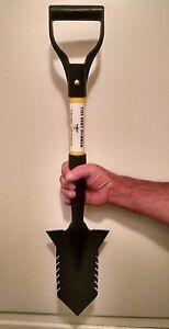 Metal Detecting Shovel - The Dirt Dobber