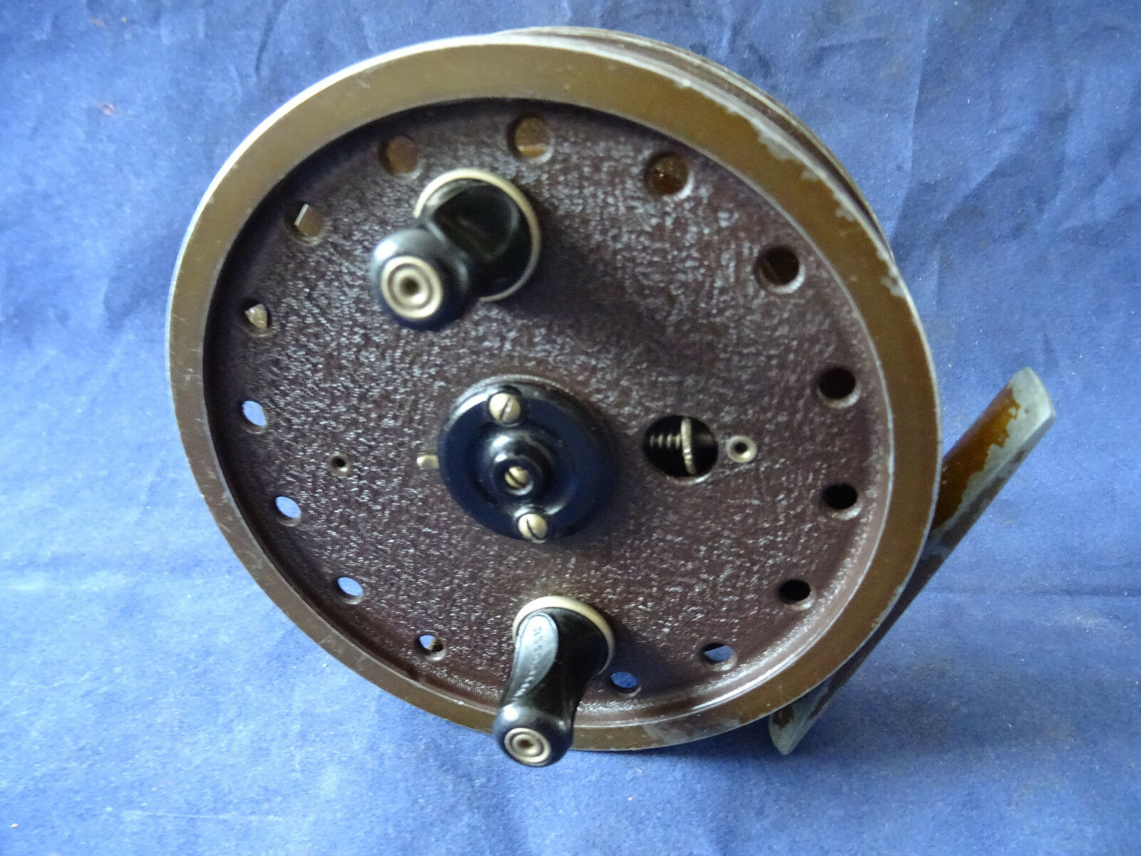 A VERY GOOD EARLY 1ST MODEL MILWARD FLOATCRAFT CENTREPIN REEL