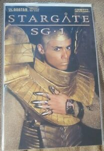Stargate-SG-1-2004-Convention-Special-Photo-Cover