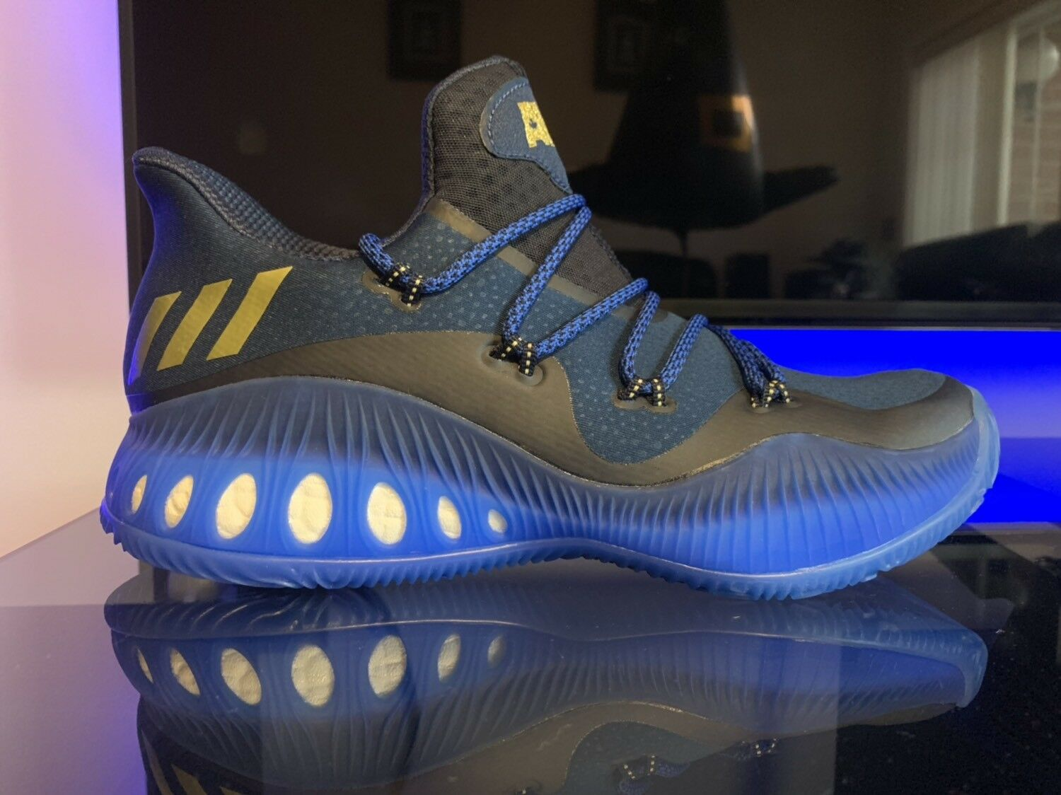 ADIDAS CRAZY EXPLOSIVE LOW BASKETBALL SHOES