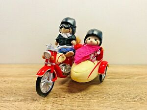 Sylvanian-Families-Motorcycle-amp-Side-Car-George-amp-Mildred-Mulberry-Raccoon-2010
