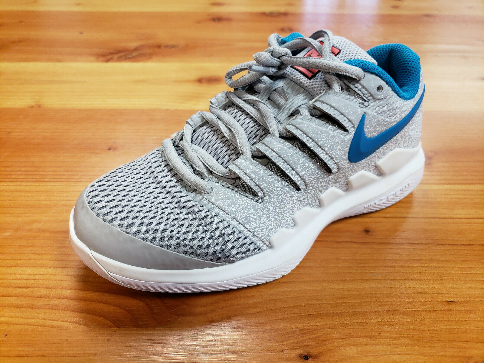 Women's Nike Air Zoom Vapor X Preowned Tennis shoes Size 5