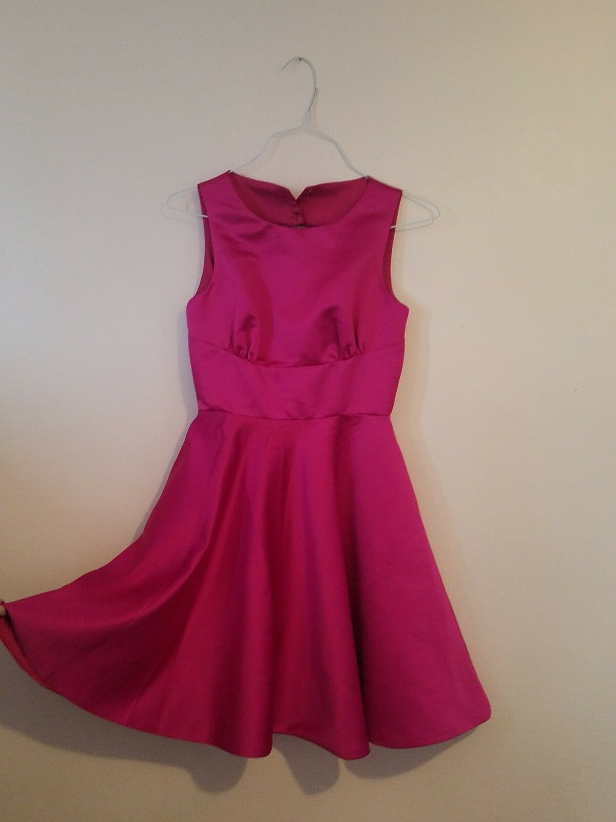 Badgley Mischka's juniors pink dress size 2 for special occasions