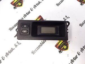 Montre-Digital-Terre-Rover-Freelander-LAMP14V1-1W-52010215C-YFB100380