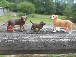 LABRADOR DOG FAMILY by Schleich; toy/NEW for 2010/RETIRED/16386/16387/16388