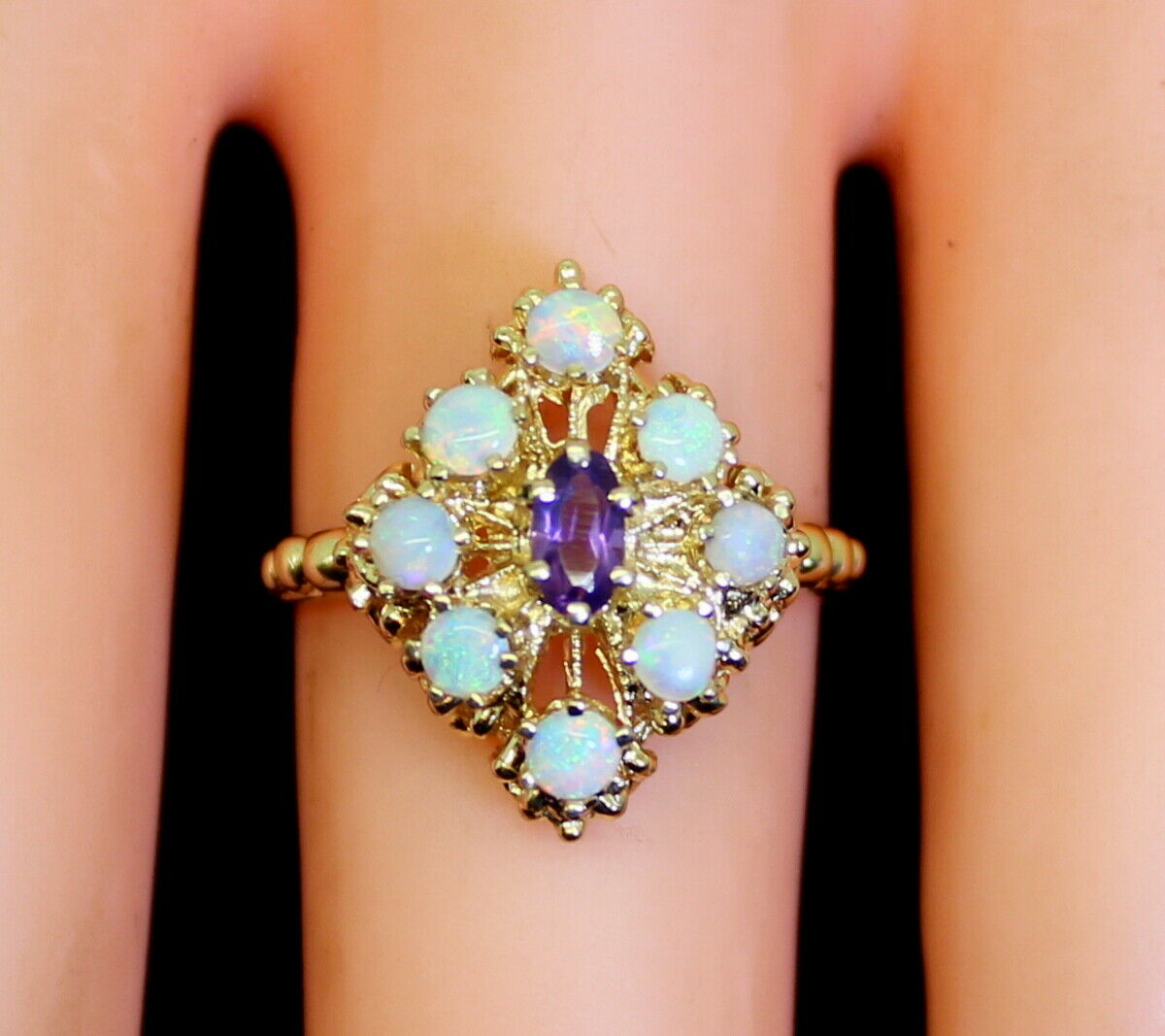 Gorgeous 14K gold 1 Ct Oval Amethyst & Opal Cluster Style Ring Size 7