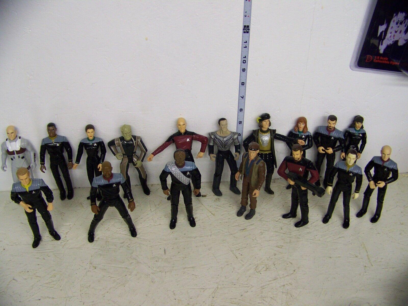 Stern Trek set of 17 6in Figures