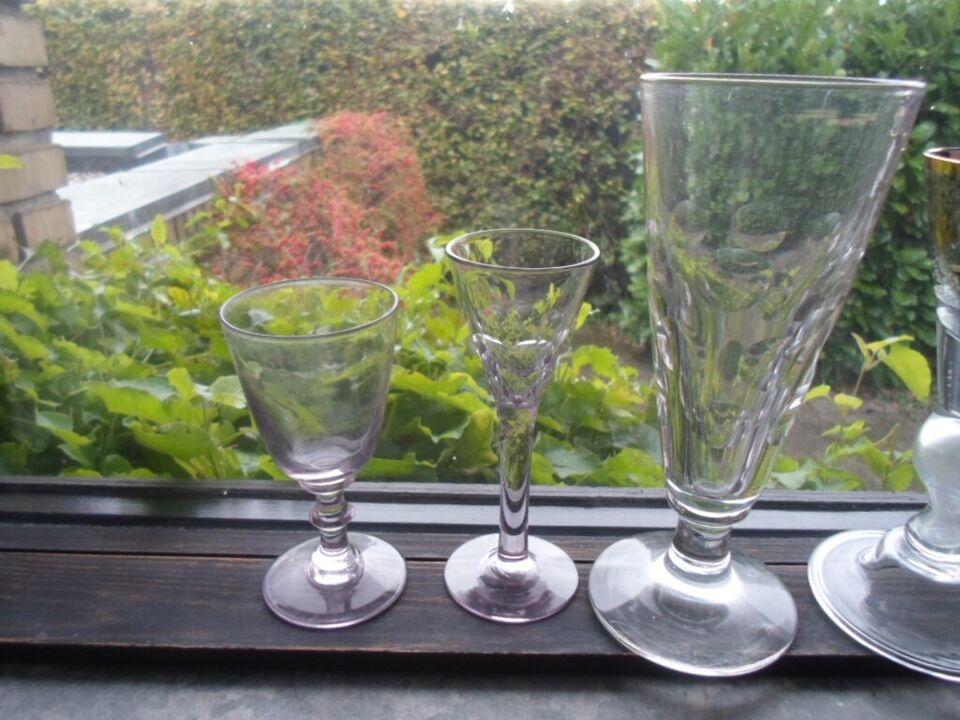 Glas, Diverse drikkeglas enkelte meget gamle
