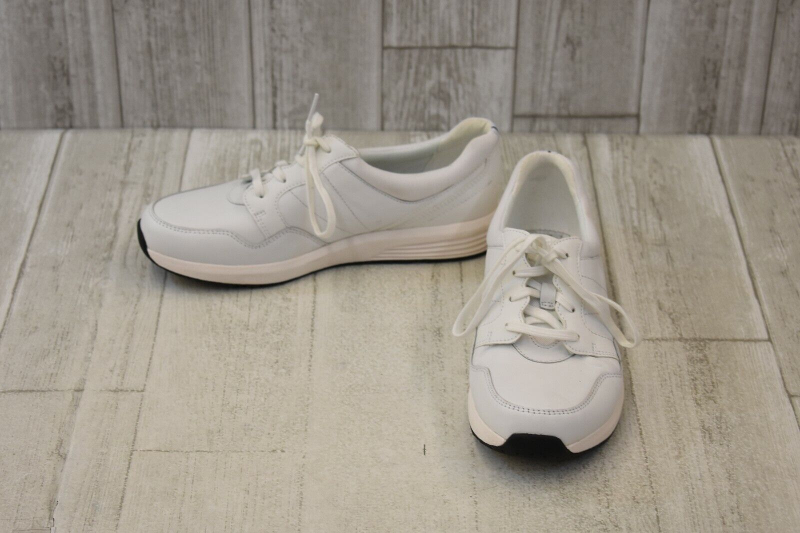 Rockport Trustride Lace Up Sneakers - Women's Size 8M - White