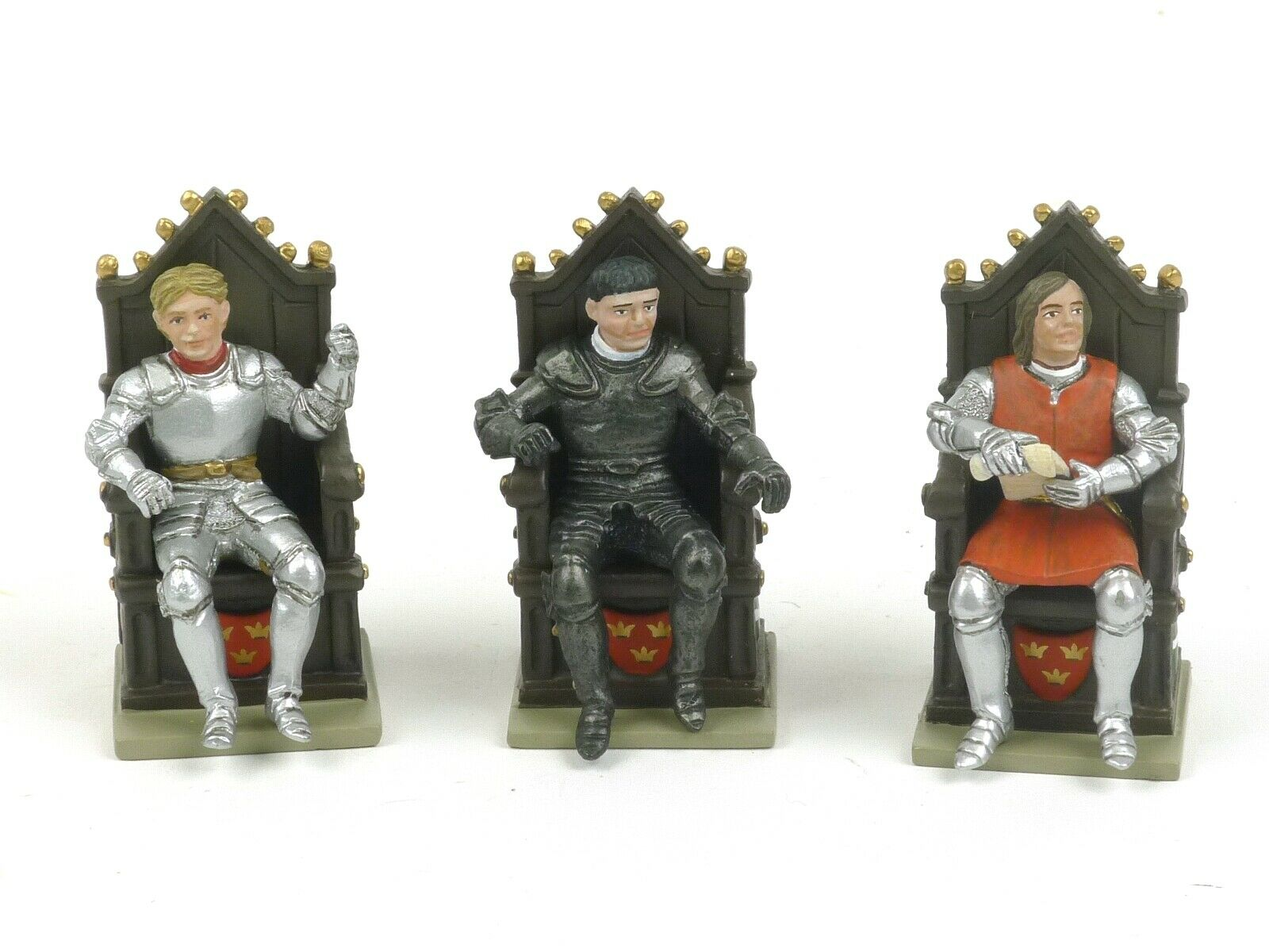 W Britain 41139 Sirs Percivale, Tristan And Mordred With Thrones