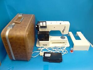 Vintage-Used-Pfaff-211-Made-in-Western-Germany-White-Sewing-Machine-w-Case-Old