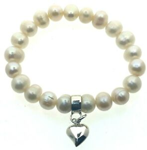 Sterling-Silver-Pearl-Bracelet-Elasticated-6-034-Relaxed-Heart-Charm