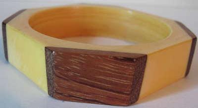 Hart Arbeitend Vintage Flügel Gelb Bakelit & Holz Oktagonal Armreif Armband Seien Sie In Geldangelegenheiten Schlau