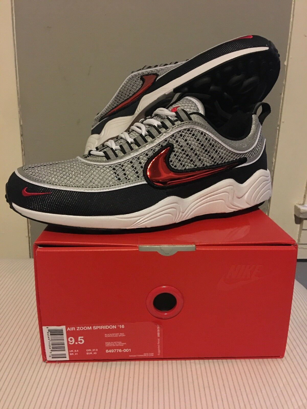 DS Nike Air Zoom Spiridon 16  Sport Red Size 9.5