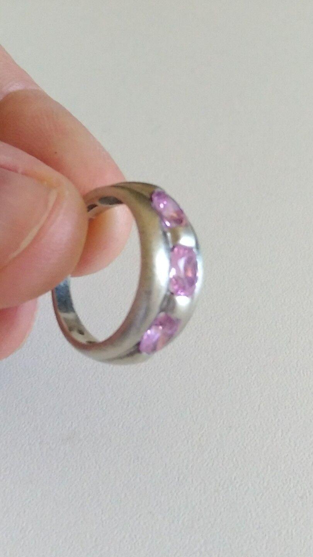 Bague vintage en silver et pierres pinks à identifier