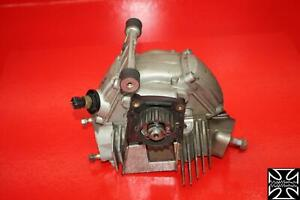 02-DUCATI-SUPERSPORT-750-IE-FRONT-ENGINE-TOP-END-CYLINDER-HEAD