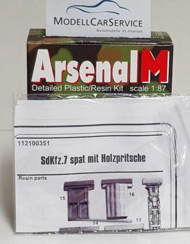 7 8 to ArsenalM Halbkettenzugmaschine mit Holzpritsche : 112100351 Sd.Kfz H0