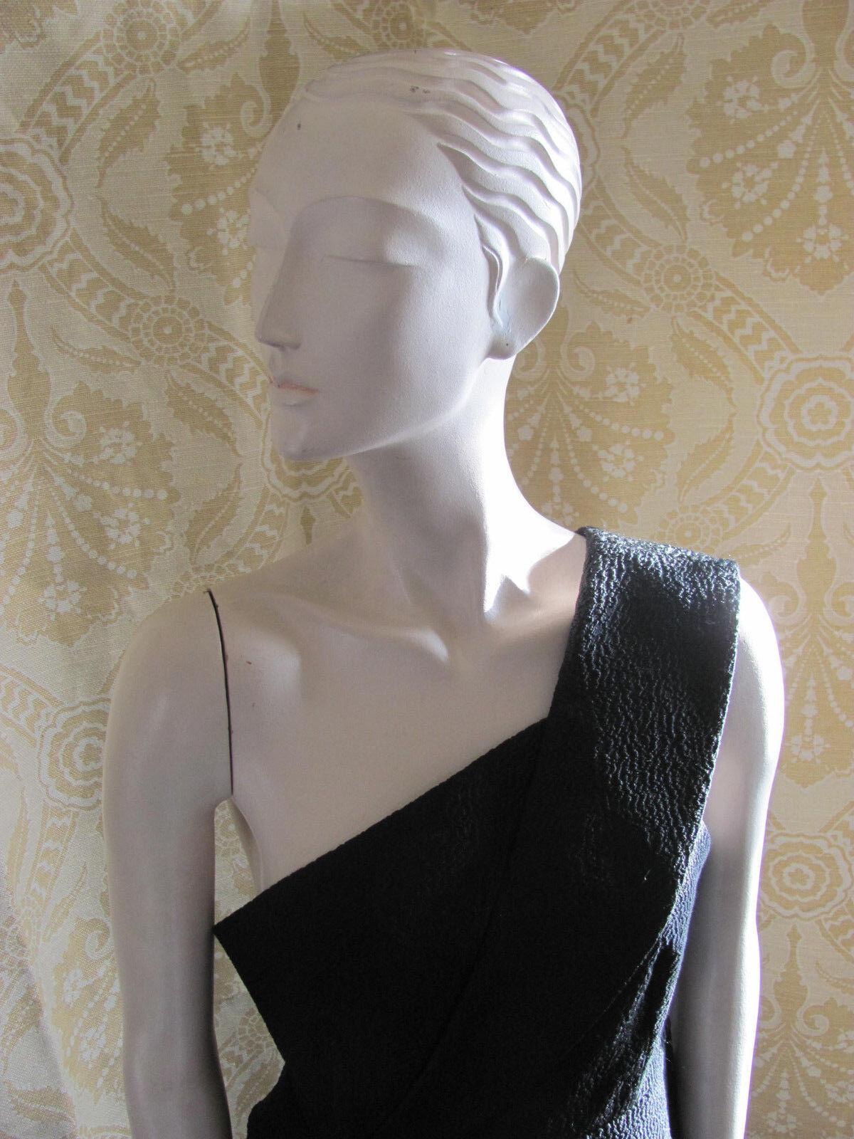 C MEO COLLECTIVE Unique schwarz Cocktail Dress Shoulder Detail SzM Couture Style