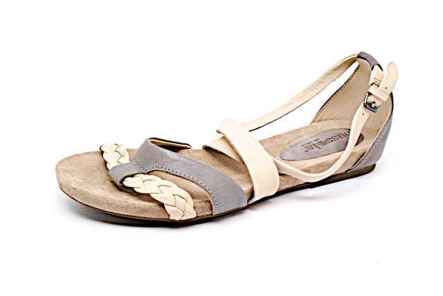 BUSSOLA Gray/Bone 100% Leather X-Strap Sandals w/Buckle - GREAT - 41/US11