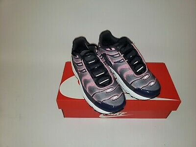 NIKE AIR MAX PLUS SIZE 13C  YOUTH #848216 006 MSRP $80.00 PS