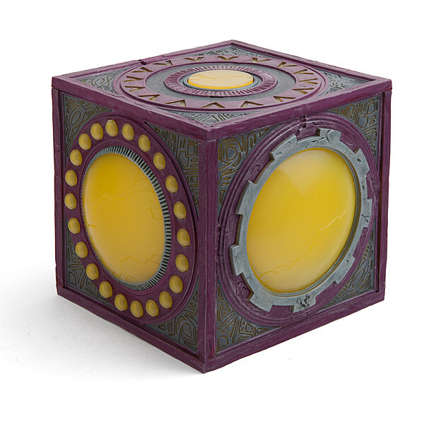 DC COMICS - Nuovo Gods Mother Box 8.75  Prop Replica  DC Comics   NEW