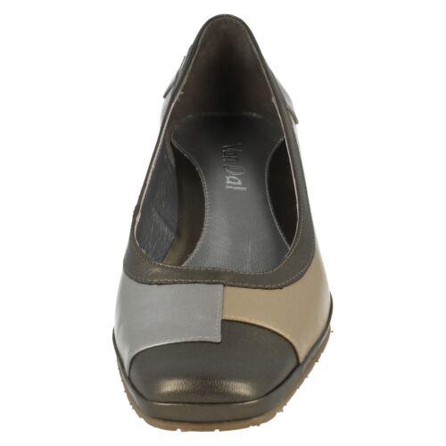 Ladies Oyster//Metal//Pewter Slip On Leather Van Dal Wedge Shoes Haiti
