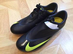 Image is loading Nike-Mercurial-Vapor-V-SG-New-Authentic-Size-