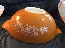 VTG Pyrex Butterfly Gold 4 Quart Mixing / Nesting Bowl #444