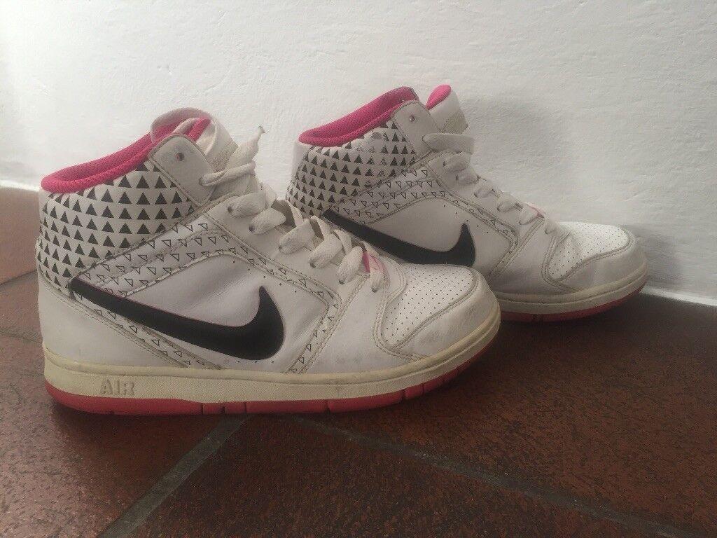 Nike Air donna donna donna bianche nere e fucsia. Numero 38,5 71c59e