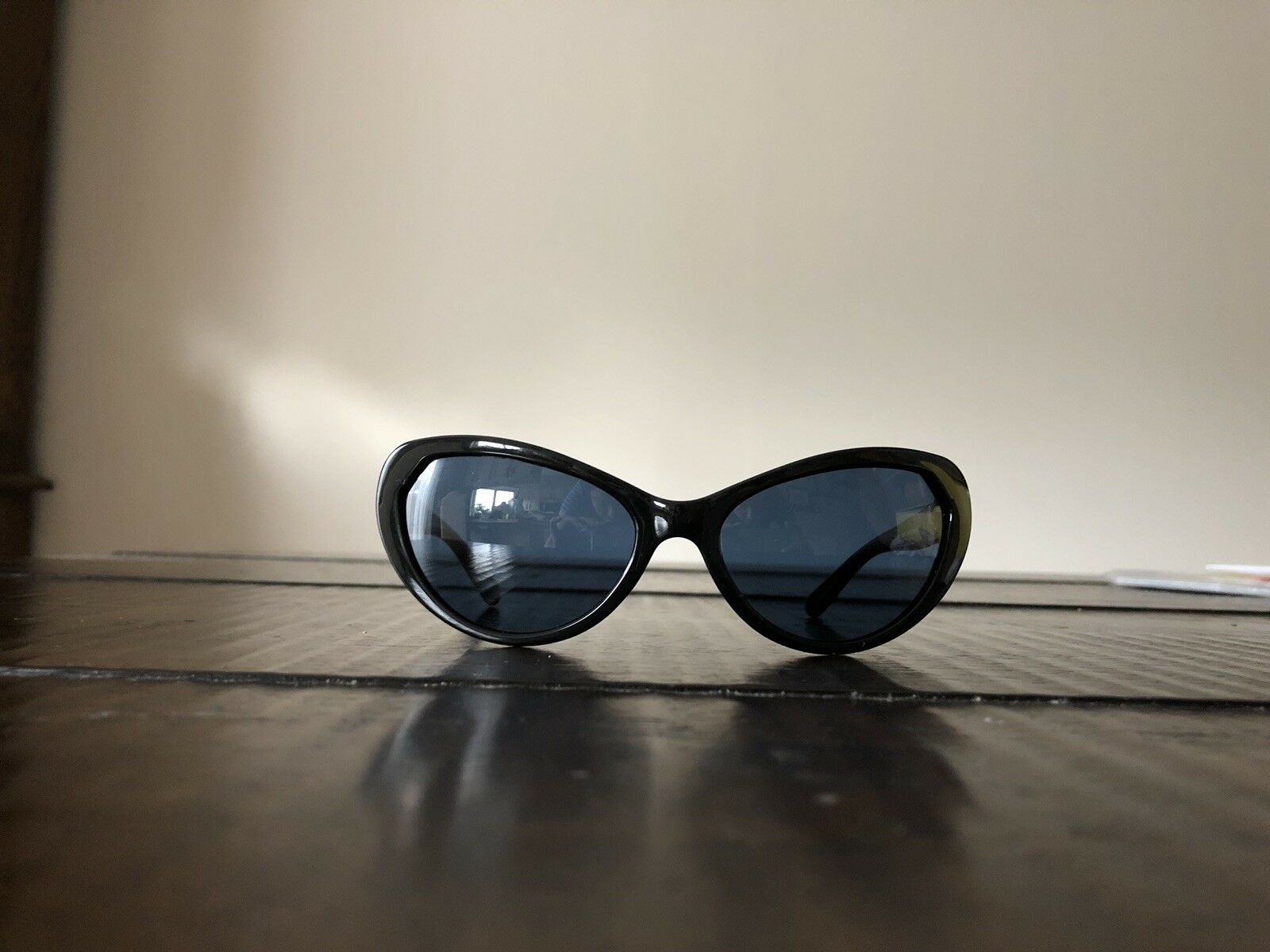 100% Authentic Tory Burch brand new sunglases