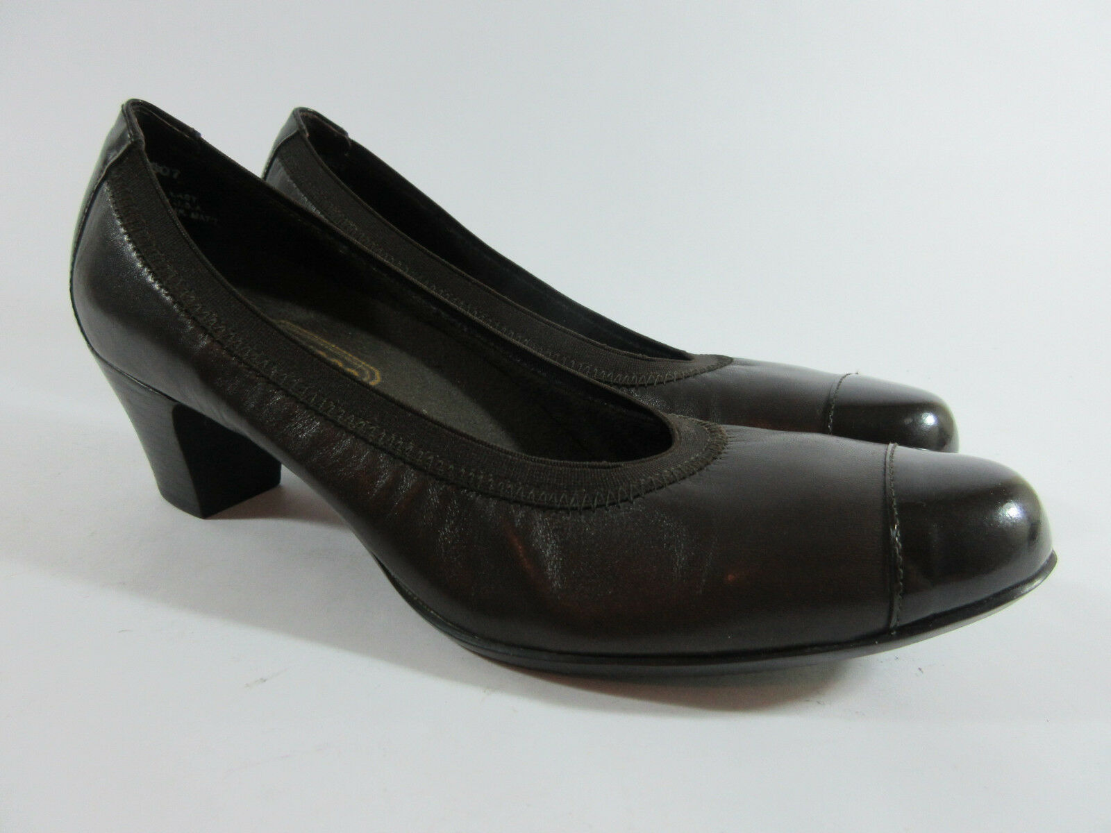 Munro American Odette Brown Patent Leather Cap Toe Stretch Pumps Womens Size 9 N