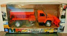 New Ray Toys Diecast Kodiak C4500 Chevrolet Sand Spreader Plow Truck 143 New